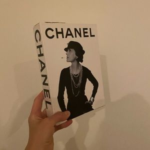 CHANEL 3-Book Slipcase by Assouline